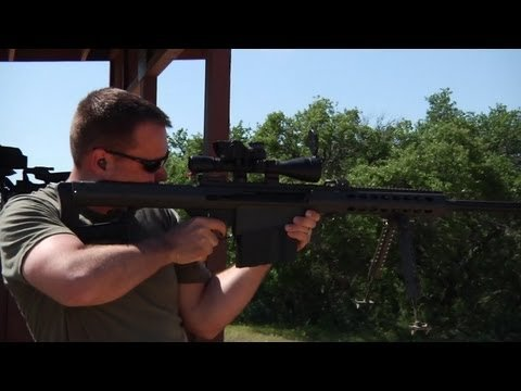 Video: 1,000-yard Off-hand Shot with .50 BMG Barrett M107