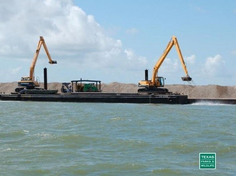 TPWD Begins Record-breaking Oyster Restoration Project in Galveston Bay and Sabine Lake