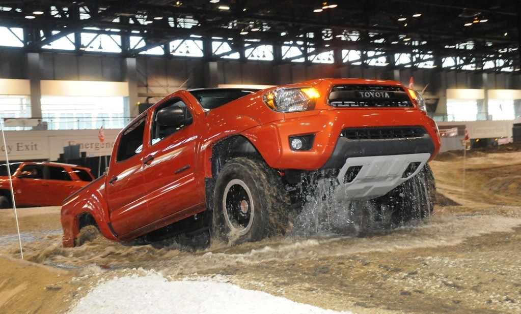 Pin 2014 2015 Toyota Tacoma Towing Review on Pinterest