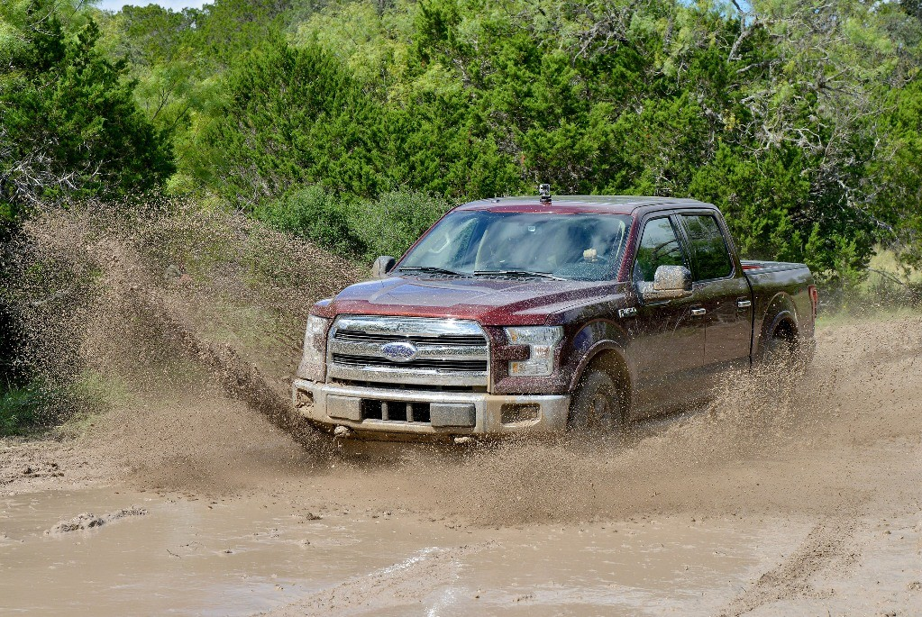 Ford rules as F-150 is named 2015 Truck of Texas