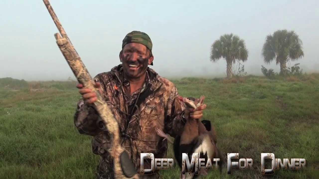 Hunter Downs Three Ducks with One Shot (VIDEO)