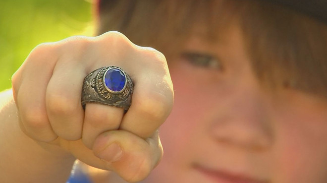 8-year-old searching for the owner of lost Air Force ring (VIDEO)