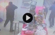 Intense Store Robbery in Houston [VIDEO]