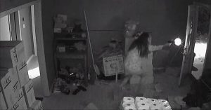 Armed Woman Firing at Fleeing Thugs