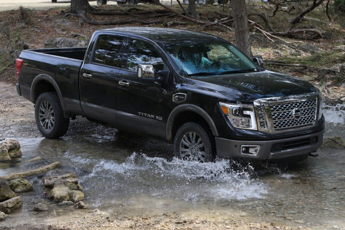 2016 nissan titan xd turbodiesel v8 is the truck of texas. Black Bedroom Furniture Sets. Home Design Ideas